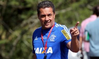 Vanderlei Luxemburgo em foto de 2015, quando comandava o Flamengo Foto: Cezar Loureiro / Agência O Globo