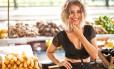 Aos 28 anos, Júlia Vargas joga no mundo o disco 'Pop banana', produzido por ela mesma