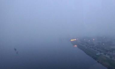 Nevoeiro na chegada ao Rio Foto: Lucieni Varella