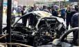 Um veículo foi usado no atentado em Bagdá Foto: KHALID AL-MOUSILY / REUTERS