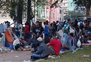 Depois da ação envolvendo prefeitura e governo do estado, dependentes químicos estão ocupando a praça Princesa Isabel (São Paulo) Foto: Marcos Alves / Agência O Globo