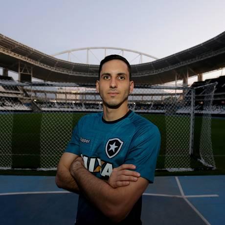 Gatito Fernández, goleiro do Botafogo Foto: Marcelo Theobald / Agência O Globo