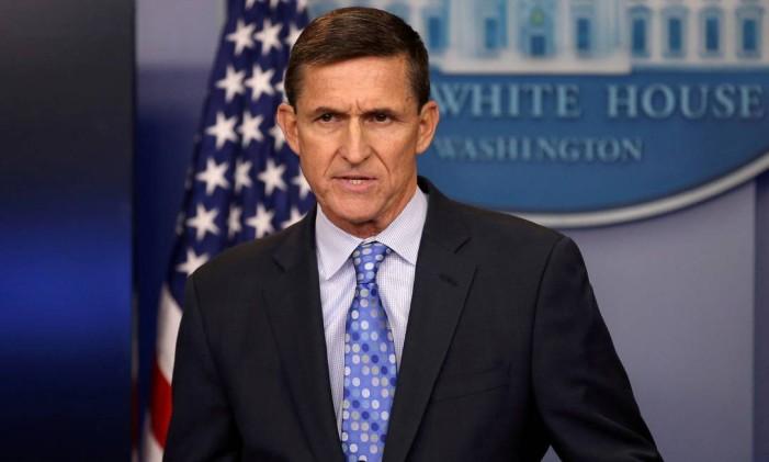 O então assessor de Segurança Nacional Michael Flynn participa de uma entrevista coletiva na Casa Branca, em Washington Foto: Carlos Barria / REUTERS
