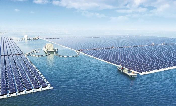 Resultado de imagem para energia solar em lago na china