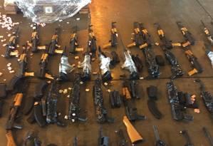 Fuzis encontrados no Aeroporto Tom Jobim Foto: Divulgação