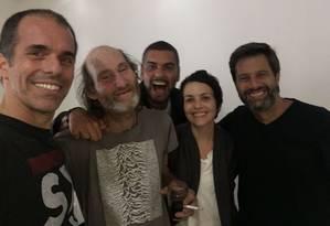 Carlos Eduardo Albuquerque Maranhão e antigos colegas do Santo Inácio: descoberto em cracolândia de São Paulo Foto: Reprodução