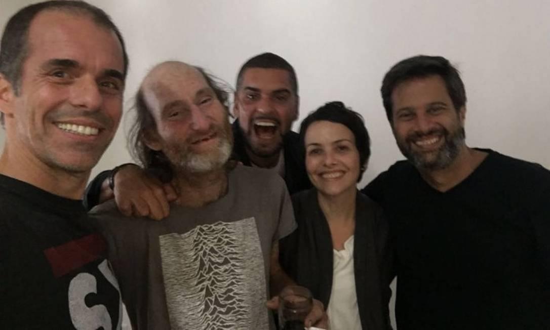 Amigos do Santo Inácio reencontram Carlos Eduardo após duas décadas de afastamento Foto: / Reprodução