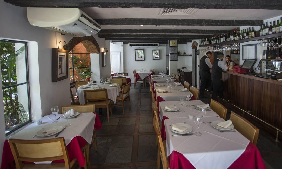 Osteria dell'Angolo, em Ipanema, está à venda. Sócio diz que violência tem afastado clientes Foto: Guito Moreto / Agência O Globo