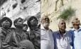 """Há 50 anos, a foto de três paraquedistas chegando ao Muro das Lamentações, após a batalha por Jerusalém, tornou-se uma das principais imagens da guerra. No aniversário do conflito, Tzion Karasenti (à esquerda), Yitzhak Yifat (centro) e Chaim Oshri (direita) voltaram à Cidade Velha. Como na época nenhum havia estado no Muro das Lamentações, sob controle jordaniano desde 1948, não sabiam ao certo se tinham capturado o """"Muro real"""". """"Todos falavam do 'Kotel', mas aquele dia foi o primeiro em que estivemos lá"""", lembrou Oshri. Eles chegaram após 48 horas de combate e muitos começaram a chorar. Só ao fim da guerra descobriram que a imagem se tornara famosa."""