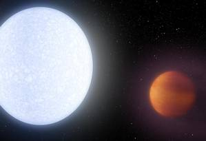 Ilustração mostra a estrela KELT-9 com KELT-9b em sua órbita Foto: Robert Hurt / NASA/JPL-Caltech