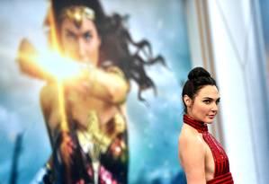 Gal Gadot durante a premiere de 'Mulher-maravilha' em Hollywood, na Califórnia Foto: Frazer Harrison / AFP