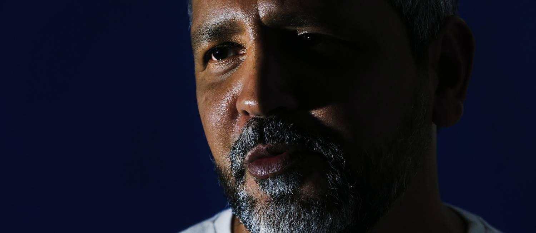 Ex-viciado em crack, carioca Carlos Salles, conta sua história Foto: Antônio Scorza / Agência O Globo