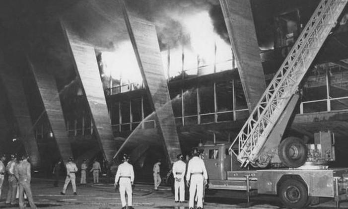 Incêndio atingiu o Museu de Arte Moderna (MAM), em 1978 Foto: Antônio Nery- 08/01/1978