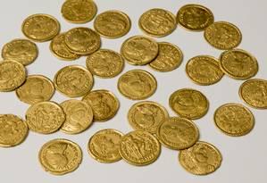 Moedas de ouro foram usadas pelos romanos para comprar apoio militar Foto: Universidade Livre de Amsterdã