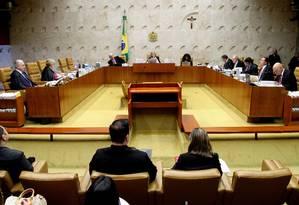 Plenário do STF em sessão no mês de abril Foto: Ailton de Freitas / Arquivo- Agência O Globo