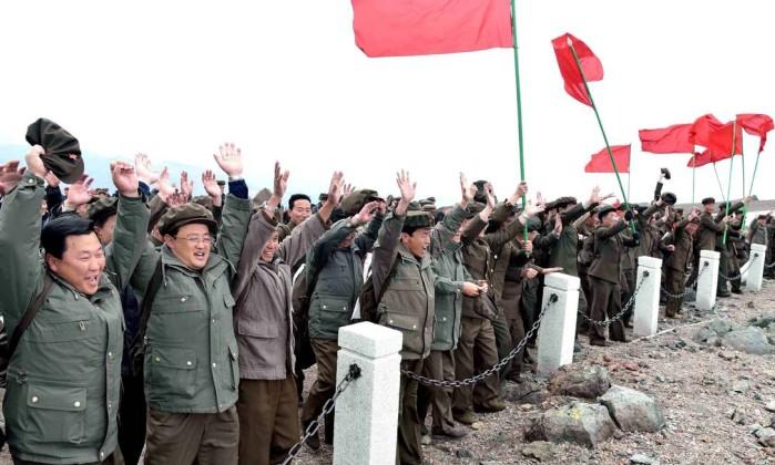 Coreia do Norte realizou teste balístico com novos mísseis de cruzeiro