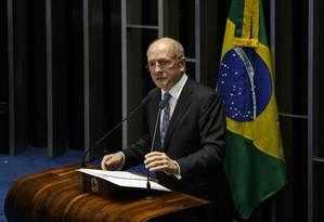 O senador Paulo Bauer (PSDB-SC) Foto: Daniel Marenco / Agência O Globo / 11-5-2016