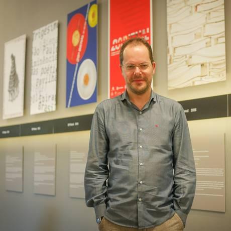 O espanhol Gabriel Pérez-Barreiro, curador da 33ª Bienal de Arte de São Paulo Foto: Marcos Alves / Agência O Globo
