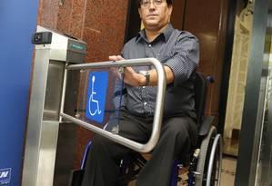 Funcionário da Michelin, Maurício Azevedo prosperou na carreira Foto: Camilla Maia / Agência O Globo