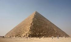 A Grande Pirâmide de Gizé, no Egito Foto: WIKIPÉDIA