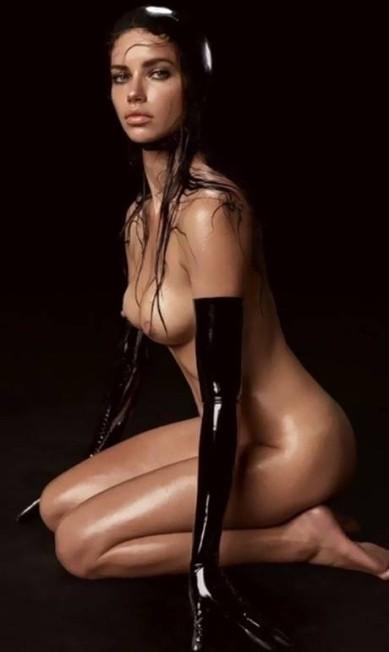 Ela reapareceu na folhinha em 2015, em clique de Steven Meisel Pirelli / Divulgação