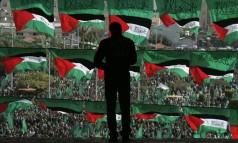 Palestinos apoiadores do Hamas em comício na cidade de Gaza. (14/12/08) Foto: HATEM MOUSSA / AP