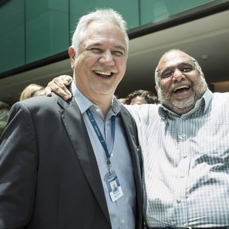 O diretor de redação e editor responsável do GLOBO, Ascânio Seleme, com Moreno na inauguração da nova sede da Infoglobo Foto: Ana Branco / Agência O Globo