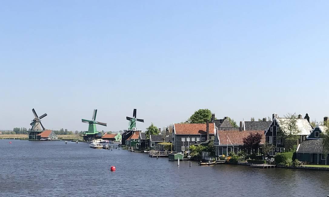 Moinhos, tulipas e arquitetura futurista em escapadas a partir de Amsterdã