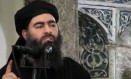 Abu Bakr al-Baghdadi, líder do Estado Islâmico, durante sermão em mesquita de Mosul Foto: Uncredited / AP