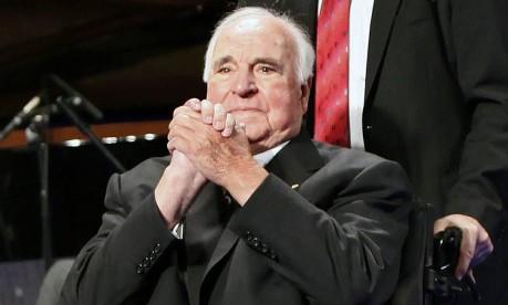 O ex-chanceler alemão, Helmut Kohl, participa de um evento em Berlim, em 2009 Foto: DAVID GANNON / AFP