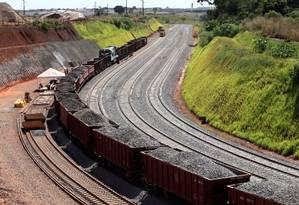 Construção da ferrovia Norte-Sul poderá entrar na lista Foto: Ailton de Freitas / Agência O Globo