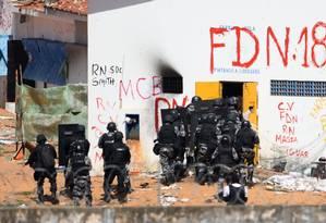 Rebelião. Ação militar na penitenciária de Alcaçuz, no Rio Grande do Norte Foto: ANDRESSA ANHOLETE/AFP/18-1-17