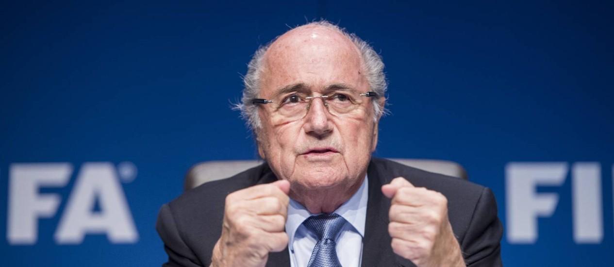 O ex-presidente da Fifa, Joseph Blatter, disse não ter ficado satisfeito com a escolha do Qatar como sede da Copa de 2022 Foto: Ennio Leanza / AP