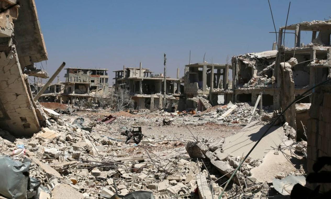 Refugiados pela segunda vez: palestinos que viviam em campo de refugiados na cidade síria de Derra tiveram que fugir da guerra Foto: ALAA AL-FAQIR / REUTERS