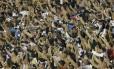 Torcida do Vasco lota arquibancada em São Januário: estádio tem visto confusões internas entre organizadas Foto: Marcelo Theobald / Agência O Globo