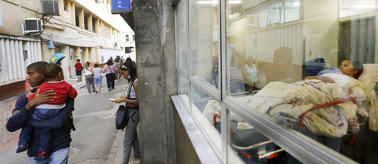 Paciente do ambulatório no Hospital Pedro Ernesto Foto: Antônio Scorza / Agência O Globo