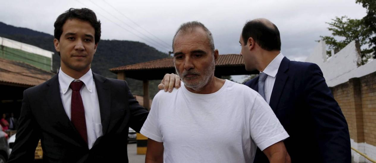 Ivo Nascimento Pitanguy ao deixar a prisão, em Bangu (27/08/2015) Foto: Marcelo Piu / Agência O Globo