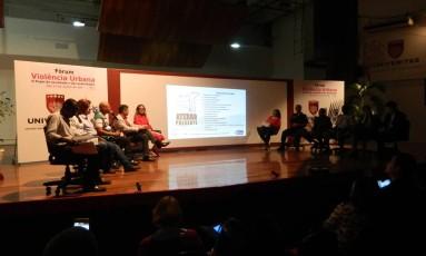Grupo virtual promoveu um fórum na semana passada no Flamengo Foto: Divulgação/ Bruna Victoria
