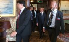 O presidente Michel Temer chega para o encontro com empresários em Olso, na Noruega Foto: Fernando Eichenberg/O GLOBO