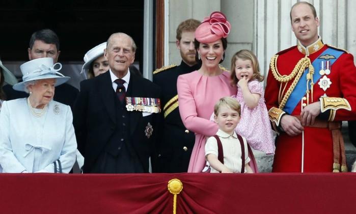 Resultado de imagem para familia real britanica