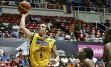 Em 2009, com Marcelinho Huertas no time, o Brasil foi campeão pela última vez da Copa América Foto: FIBA Americas