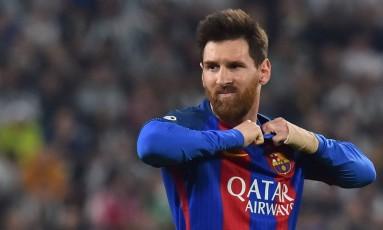 Messi mostra apreensão durante partida do Barcelona contra a Juventus pela Liga dos Campeões Foto: GIUSEPPE CACACE / AFP