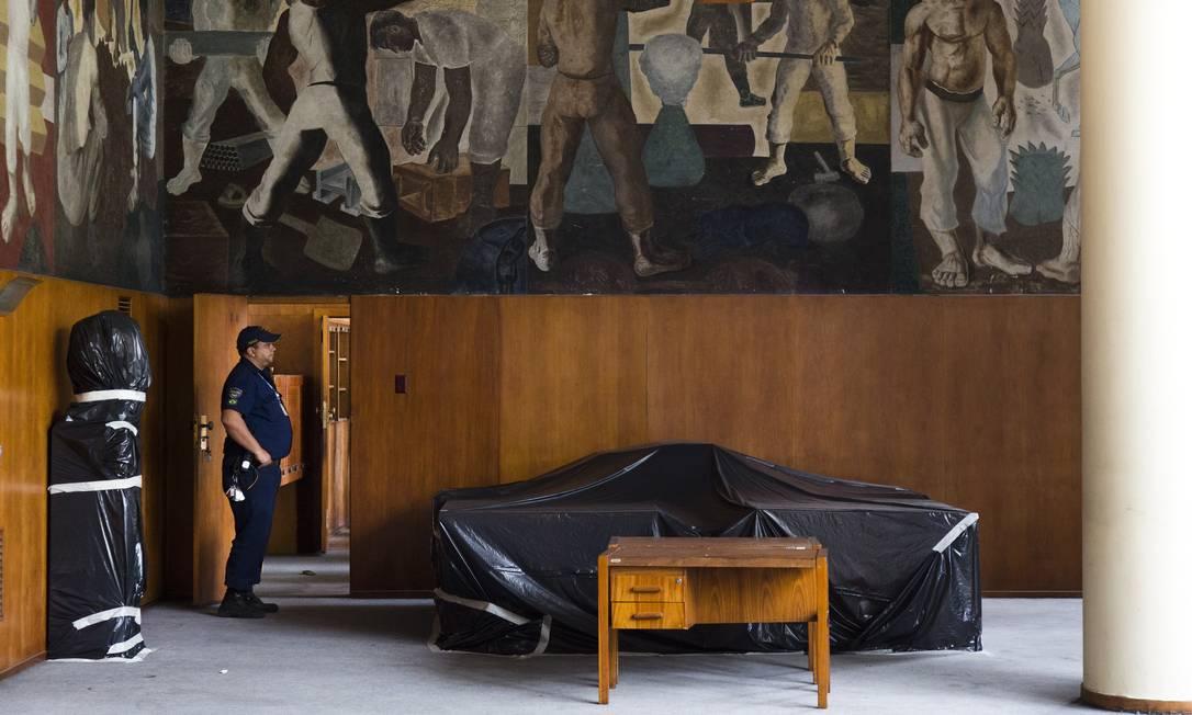 O nível de deterioração era tão grande no Capanema que o prédio era motivo de pena Monica Imbuzeiro / Agência O Globo
