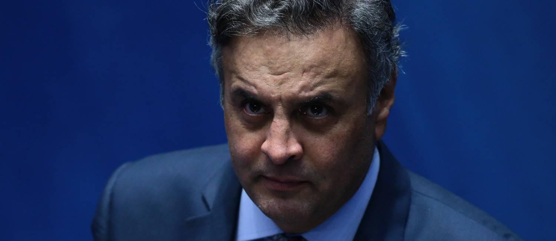O senador afastado Aécio Neves Foto: Jorge William / Agência O Globo