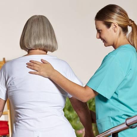 Doença é comum em idosos que se exercitam pouco Foto: Divulgação / Divulgação
