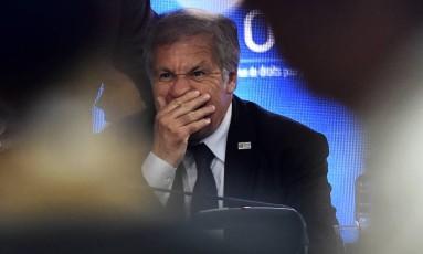 Luis Alamagro, secretário-geral da Organização dos Estados Americanos, durante assembleia geral da entidade, na semana passada, no México Foto: PEDRO PARDO / AFP