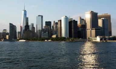 Vista de Manhattan em Nova York. Pesquisadores lançam plano para reduzir poluição sonora Foto: DON EMMERT / AFP