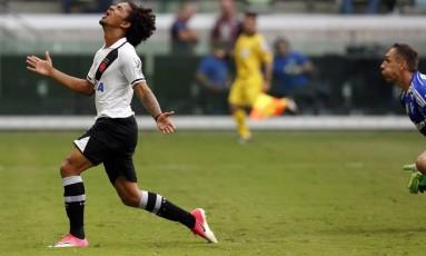 Vasco: Douglas já fez um gol no Brasileiro Foto: Edilson Dantas