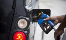 EC Rio de Janeiro (RJ) 13/01/2017 - Preços de combustíveis. Fotos de bombas de gasolina em posto na Av. Atlântica. Foto de Márcia Foletto / Agência O Globo Foto: Márcia Foletto / Agência O Globo