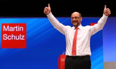 Martin Schulz quer tomar lugar de Merkel Foto: WOLFGANG RATTAY / REUTERS